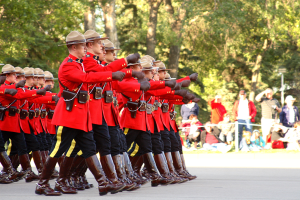 Mounties parade march - (Photo by Daniel Paquet)
